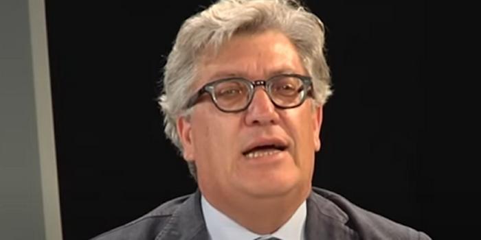 Il covid si è portato via Gianni Molè a soli 61 anni: la scomparsa di un giornalista di razza