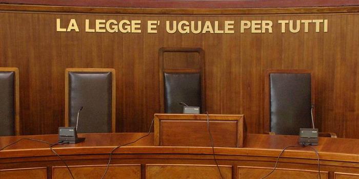 Anziani umiliati in una casa di riposo a Ragusa: in 4 a processo